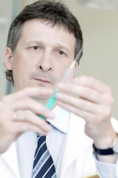 Dr. Boross György rendel
